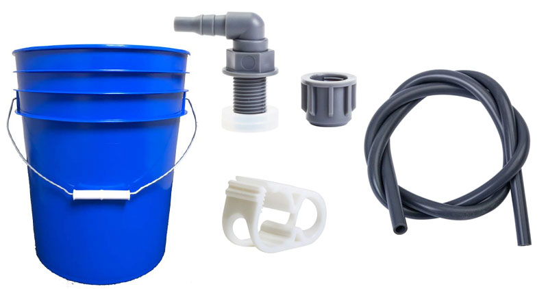 Hydroblu Versa Flow Water Filter Using with a Bucket