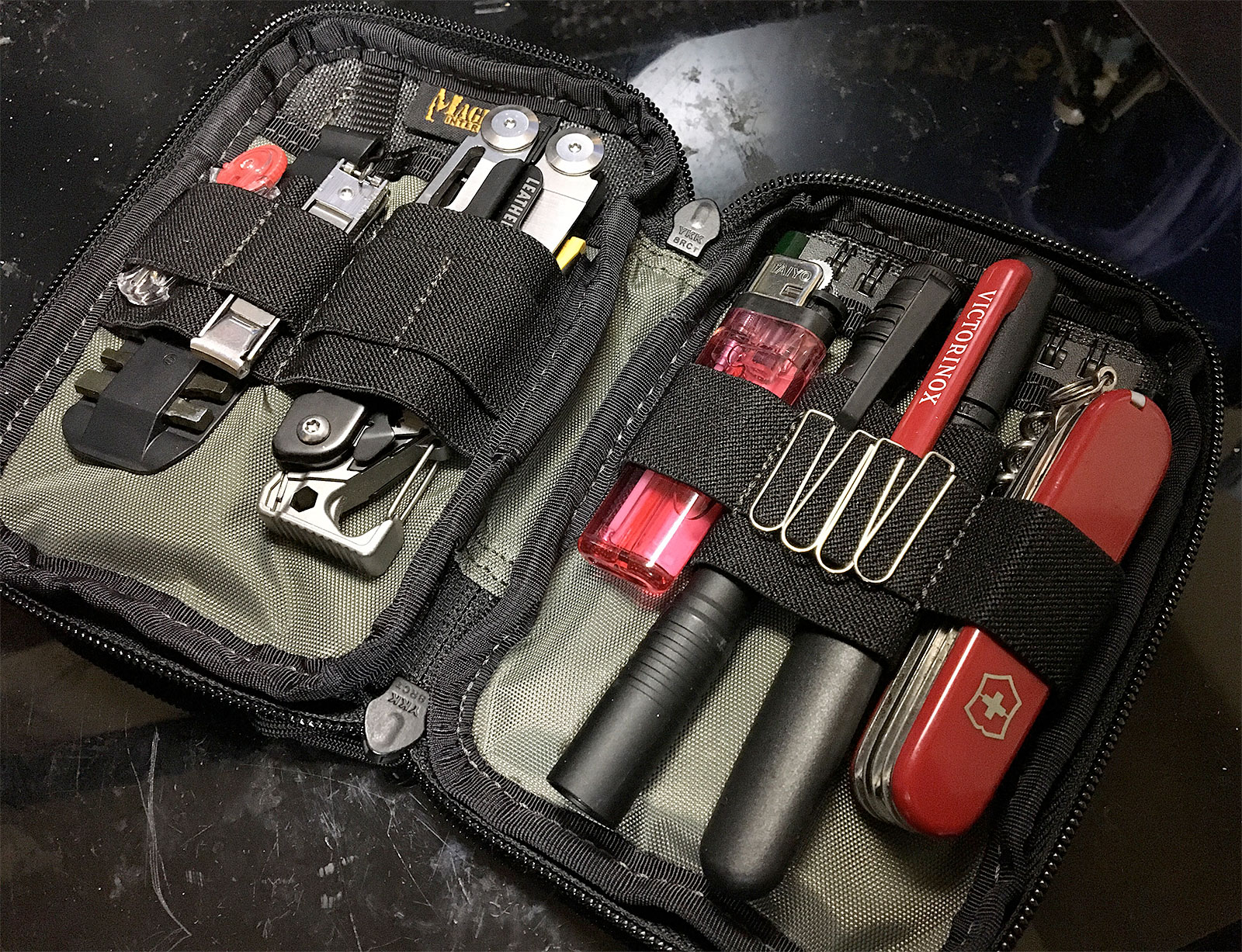 Maxpedition E.D.C. Pocket Organizer Closeup inside with tools