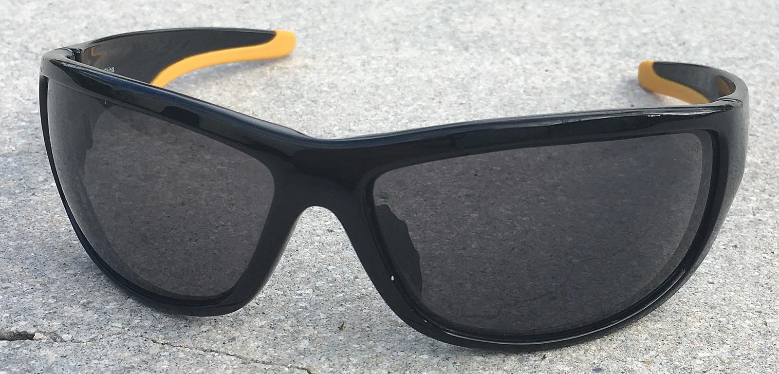 998ef0fc0c7 BugOutBagBuilder-DeWalt-Dominator-Safety-Glasses-3.jpg