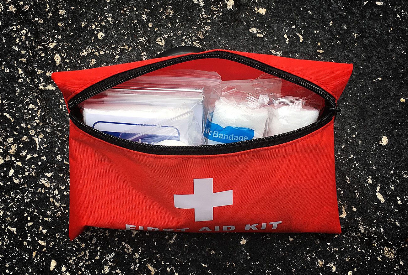 Survival Hax Roadside Emergency Kit first aid