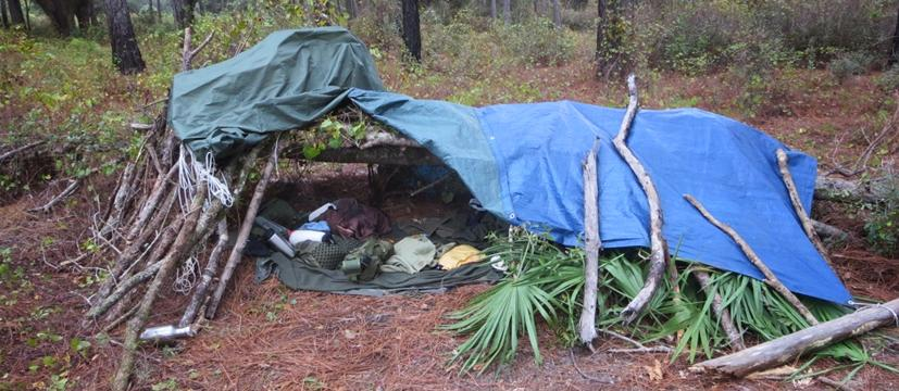 Temporary Shelter Survival Disaster : Emergency shelter bedding bug out bag builder